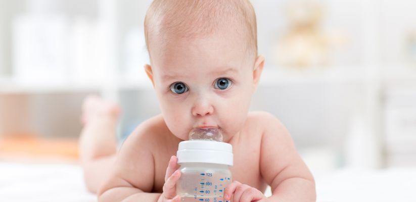 Ե՞րբ կարելի է երեխային ջուր տալ