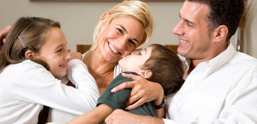 Երեխաները սովորում են սիրել  ծնողներին հետևելով: