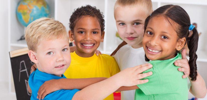 Ինչպես երեխային սովորեցնել լավ վարք դրսևորել