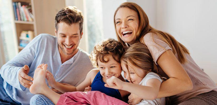 Ինչպե՞ս պահպանել ֆիզիկական և հուզական կապը երեխաների հետ