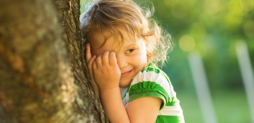 Ինչպես ուրախացնել ամաչկոտ երեխային