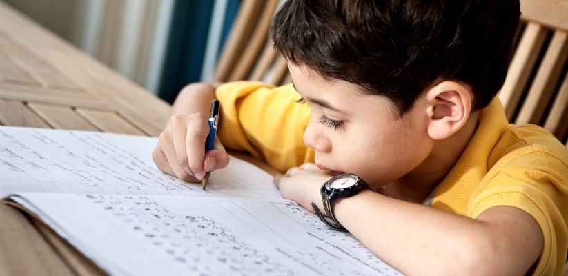 Ինչու պետք է թղթի վրա կատարել երեխայի առաջադրանքները