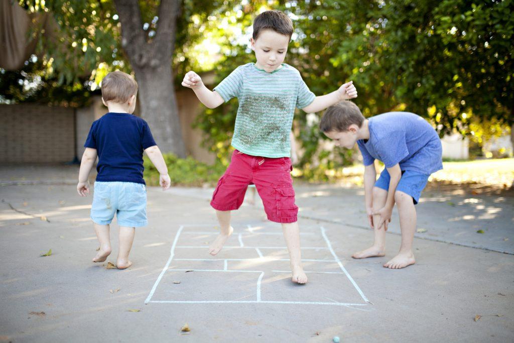 Բացօթյա խաղերի առավելությունները երեխաների համար